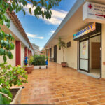 Commercial property in Playa La Arena